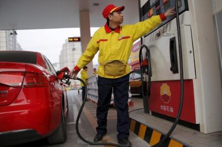 Trung Quốc tăng giá bán lẻ nhiên liệu