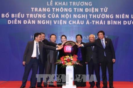 Chủ tịch Quốc hội dự khai trương Trang thông tin điện tử và công bố biểu trưng APPF-26