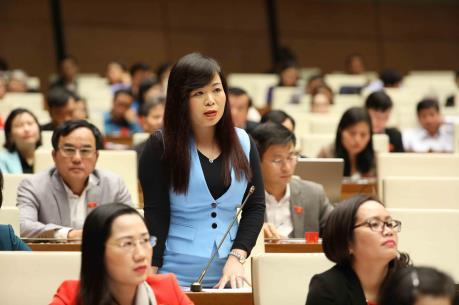 Tạo động lực cho sự phát triển của Thành phố Hồ Chí Minh và cả nước