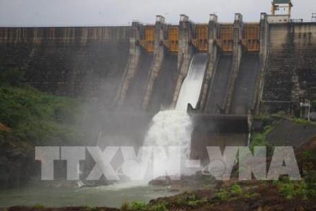 Các hồ thủy điện lớn ở Quảng Nam xả lũ để hạn chế thiệt hại cho hạ du khi lũ về