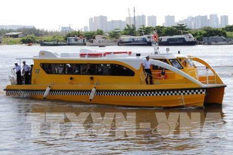 Tp. Hồ Chí Minh khai trương tuyến buýt sông đầu tiên