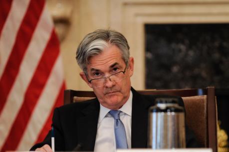 Ông Jerome Powell bảo vệ các chính sách hiện hành của FED