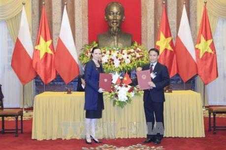 Thông tấn xã Việt Nam và Thông tấn xã Ba Lan ký văn bản hợp tác