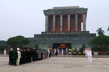 Lăng Chủ tịch Hồ Chí Minh mở cửa trở lại từ ngày 5/12