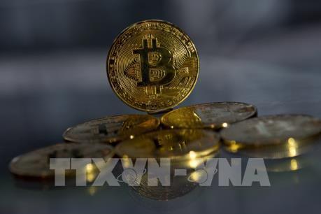 Giá bitcoin có thời điểm vượt ngưỡng 14.000 USD