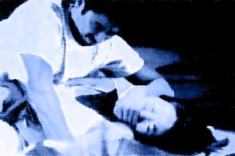 Bắt khẩn cấp nghi can trong vụ giết người, giấu xác dưới nền nhà
