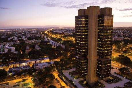 Brazil giảm lãi suất xuống mức thấp kỷ lục