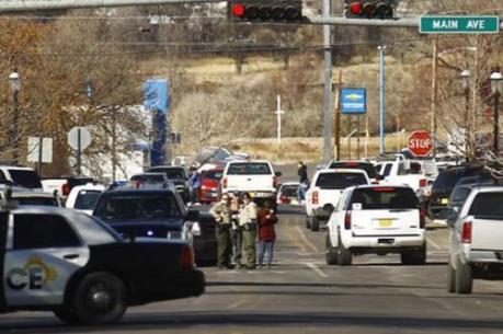 Lại nổ súng làm chết người ở trường học Mỹ