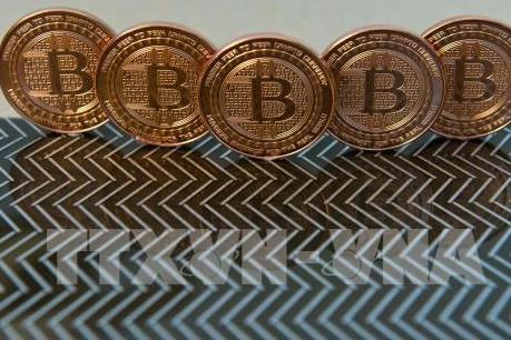 """Cơ quan Giám sát Tài chính Hàn Quốc cảnh báo """"bong bóng"""" bitcoin sẽ vỡ"""