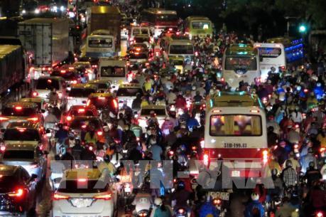 Giải bài toán ùn tắc giao thông tại TP Hồ Chí Minh - Bài 1: Sức ép từ tăng dân số cơ học