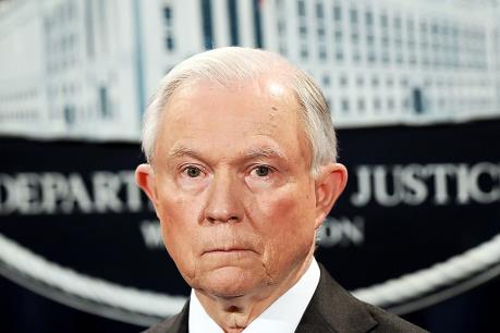 Hệ thống nhập cư hiện hành làm suy yếu an ninh quốc gia