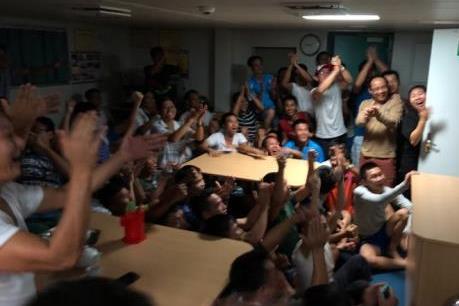 Nhật ký Trường Sa: Khi lính đảo xem bóng đá