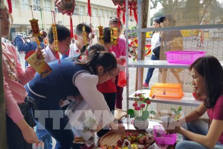 Đến Hoàng Thành Thăng Long trải nghiệm Tết Việt truyền thống