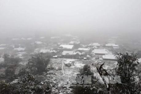 Dự báo thời tiết hôm nay 1/2: Băng tuyết mở rộng tại nhiều vùng miền núi phía Bắc