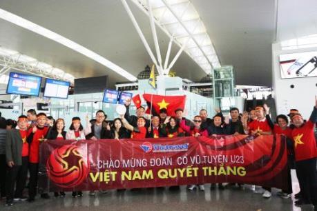 Những du khách đầu tiên lên đường cổ vũ U23 Việt Nam