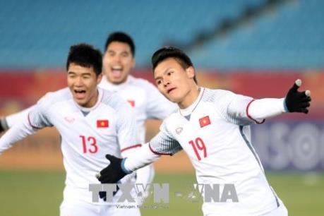Bùi Tiến Dũng và Quang Hải lọt vào đội hình tiêu biểu do Fox Sport Asia bình chọn