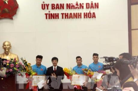 Thanh Hóa tặng bằng khen và tiền thưởng cho ba cầu thủ U23