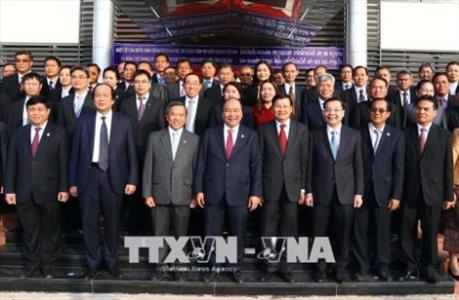 Thủ tướng Nguyễn Xuân Phúc dự Lễ khánh thành Trung tâm Đào tạo cán bộ quản lý KHCN của Lào