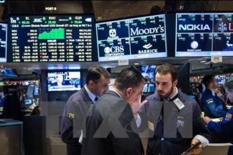 Dow Jones mất điểm sau khi Fed công bố báo cáo