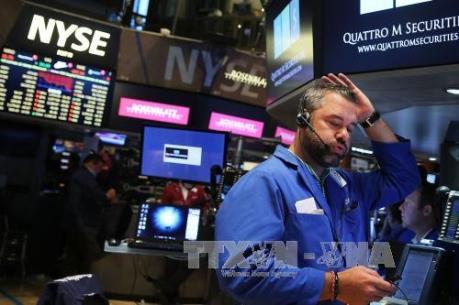 Hoạt động bán tháo khiến chứng khoán Mỹ tiếp tục sụt giảm