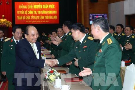 Thủ tướng thăm, kiểm tra công tác sẵn sàng chiến đấu tại Bộ Tư lệnh Thủ đô Hà Nội