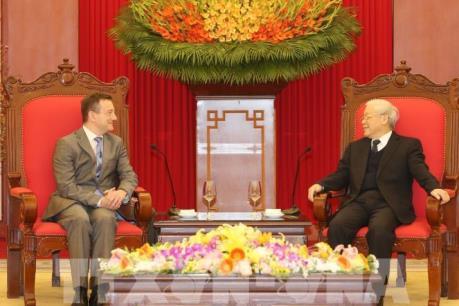 Tổng Bí thư Nguyễn Phú Trọng tiếp Đại sứ Pháp Bertrand Lortholary