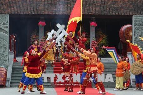 Thủ tướng Nguyễn Xuân Phúc dâng hương kỷ niệm 229 năm Chiến thắng Ngọc Hồi – Đống Đa