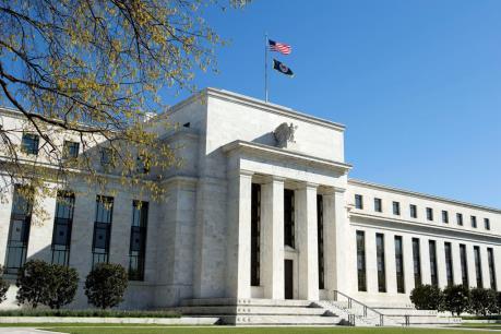 Các quan chức Fed: Tăng trưởng kinh tế mạnh hơn làm tăng khả năng nâng lãi suất