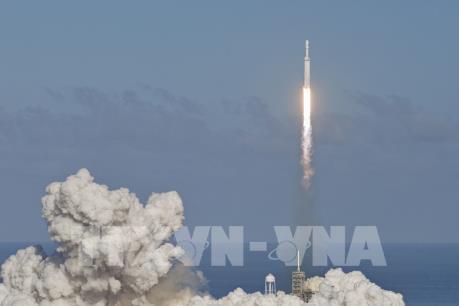 SpaceX đưa thêm 60 vệ tinh Starlink vào vũ trụ