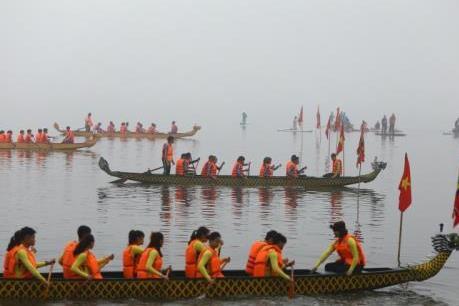 Hà Nội phối hợp với Vietnam Airlines tổ chức lễ hội bơi chải thuyền rồng