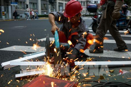Châu Âu chỉ trích kế hoạch của Mỹ tăng thuế nhập khẩu thép và nhôm