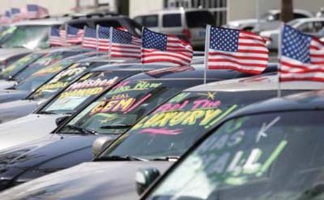 Doanh số bán xe mới tại Mỹ sụt giảm trong tháng 2/2018