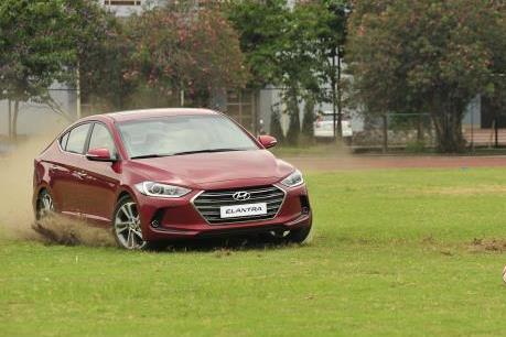 Khách hàng Việt thử xe Hyundai có cơ hội đến Nga xem World Cup