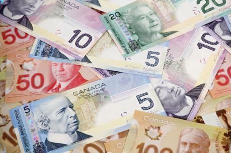 Căng thẳng thương mại khiến đồng đôla Canada chạm đáy