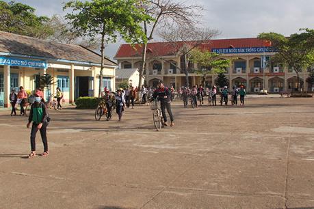 Tuyển dụng thừa hơn 600 giáo viên hợp đồng tại huyện Krông Pắk