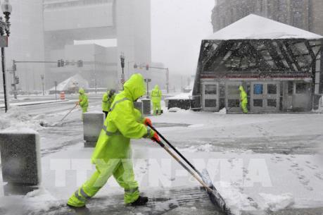 Cận cảnh bão tuyết hoành hành ở Đông Bắc nước Mỹ