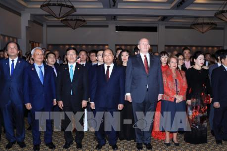 Thủ tướng Nguyễn Xuân Phúc gặp Toàn quyền Australia