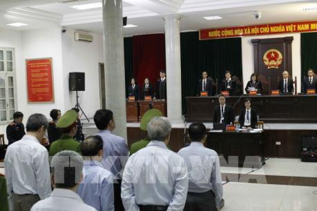 Xét xử vụ góp vốn 800 tỷ đồng vào OceanBank: Bị cáo Nguyễn Xuân Sơn lần thứ 3 ra hầu Tòa