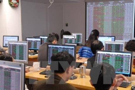 Chứng khoán ngày 23/8: Tăng nhờ lực đẩy cổ phiếu vốn hóa lớn