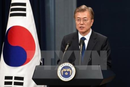 Tổng thống Moon Jae-in bác khả năng Mý rút quân khỏi Hàn Quốc