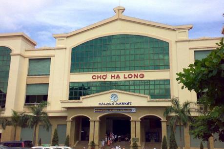 Quảng Ninh sẽ chấm dứt hợp đồng, thu hồi điểm kinh doanh tại chợ Hạ Long 1