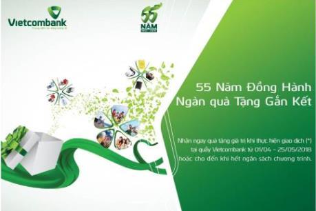 Vietcombank giảm 50% phí dịch vụ chuyển tiền mừng kỷ niệm 55 năm thành lập