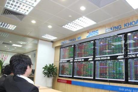 Chứng khoán ngày 10/9: VN - Index may mắn giữ được mốc 970 điểm
