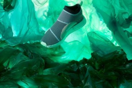"""Adidas và """"Parley for the Oceans""""  cho ra mắt phiên bản giày độc đáo NMD_CS1"""