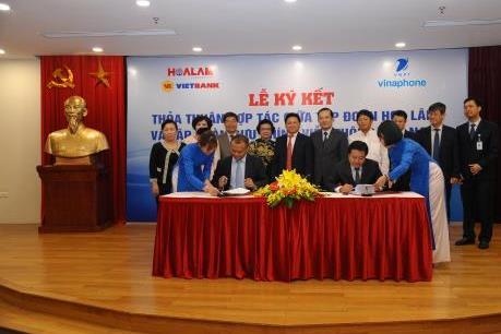 VNPT và Tập đoàn Hoa Lâm ký kết Thỏa thuận hợp toàn diện về VT - CNTT