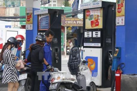 Từ 15 giờ, đồng loạt tăng giá xăng, dầu