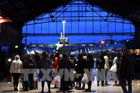 Giao thông tại Pháp bị ảnh hưởng do đợt đình công thứ 2 của ngành đường sắt
