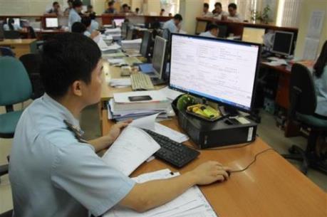 Đình chỉ 3 công chức tại Chi cục Hải quan cửa khẩu Cảng Đình Vũ