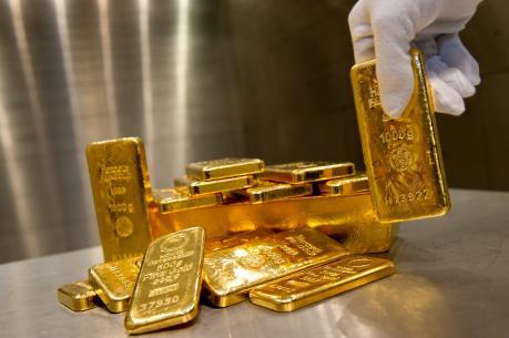 Giá vàng hôm nay 16/4: Vững mốc 37 triệu đồng/lượng