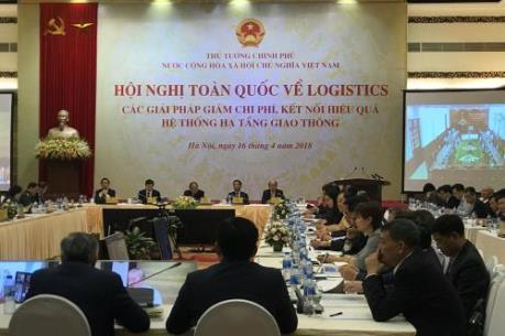Thủ tướng Nguyễn Xuân Phúc: Gánh nặng chi phí đang là rào cản lớn đối với doanh nghiệp